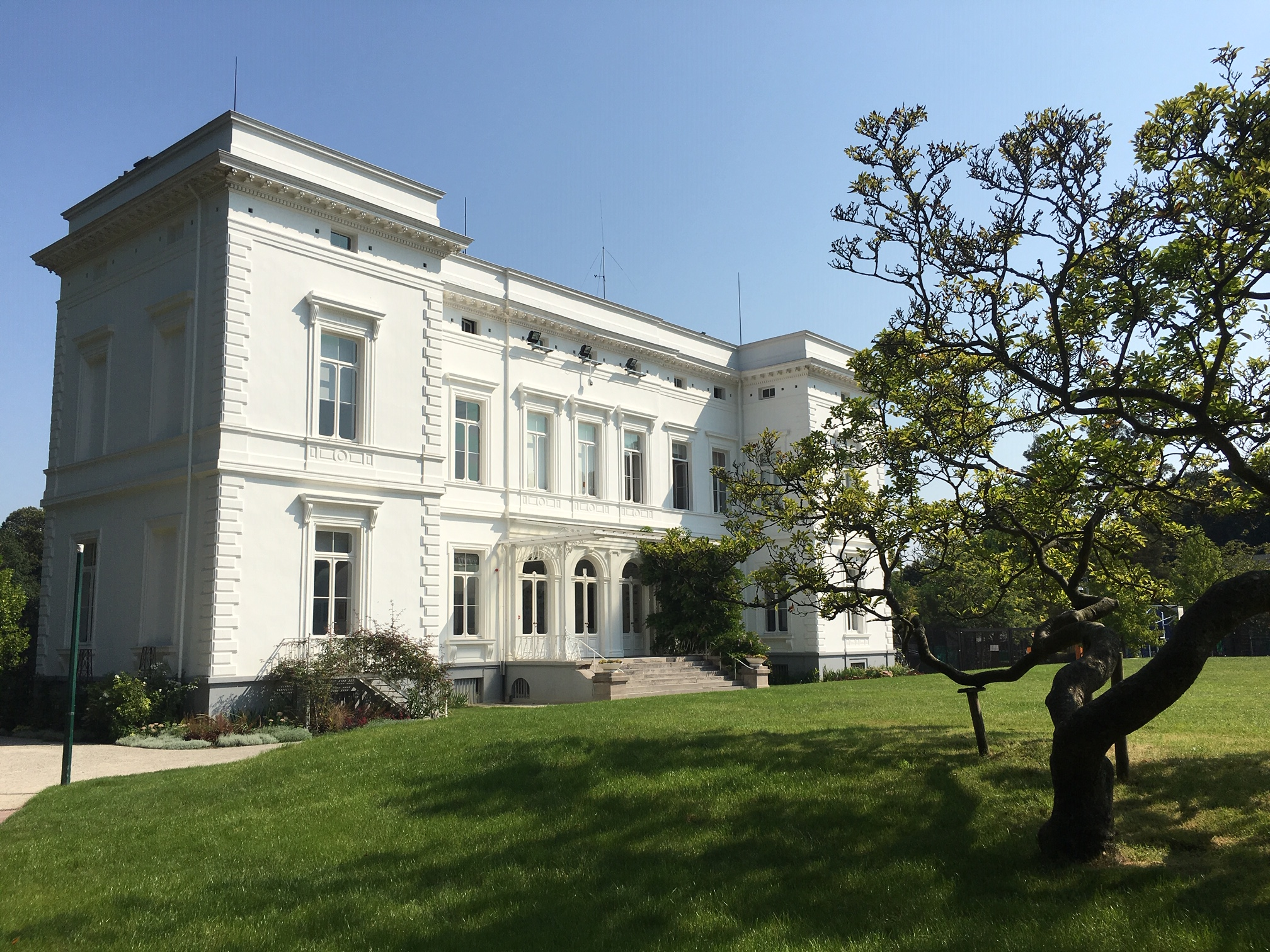 International School of Brussels (I.S.B.)